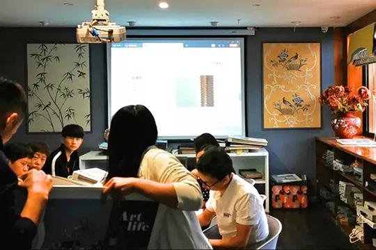 """艺龙培训团队深入市场为门店""""充电"""""""